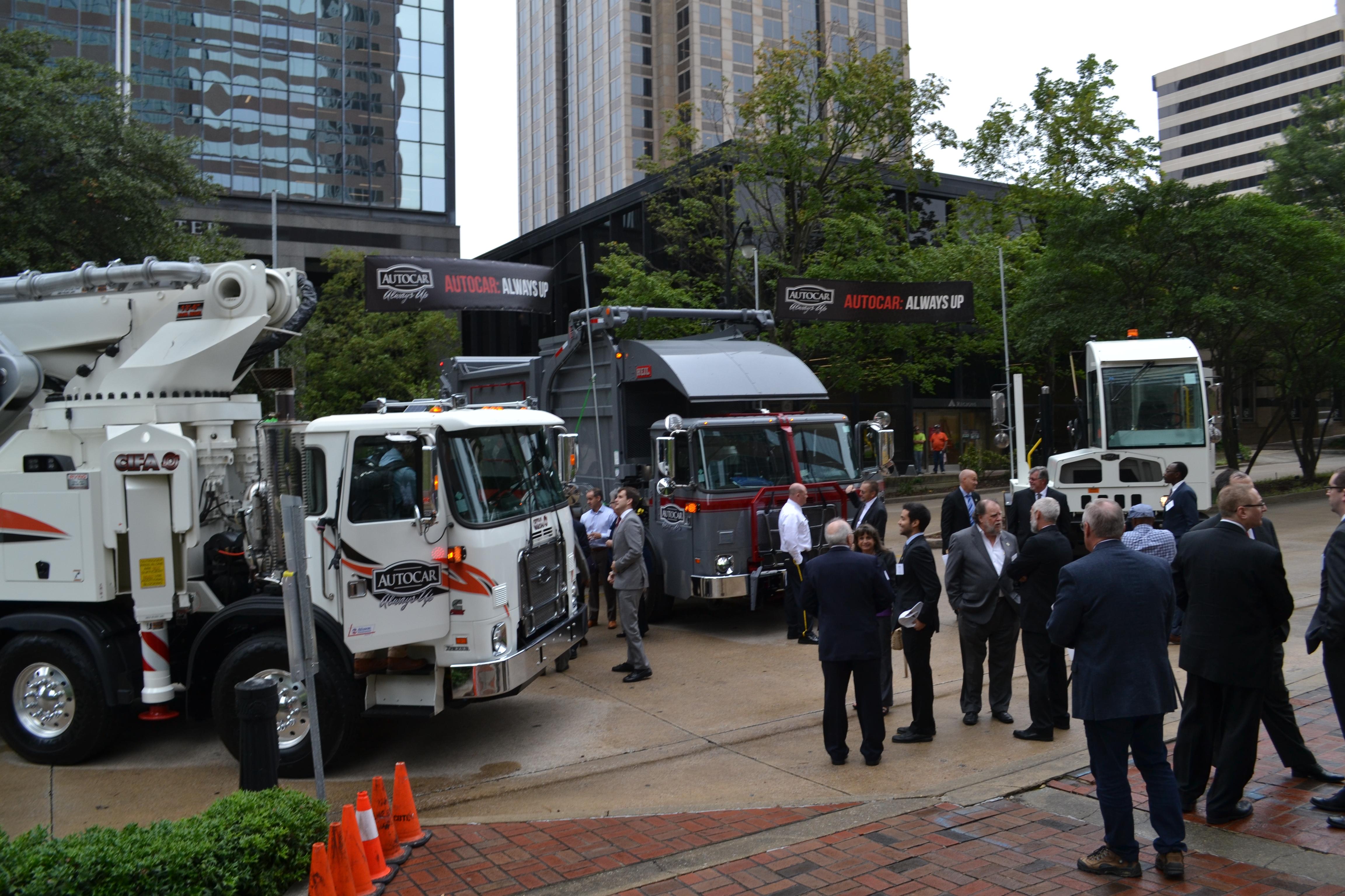 Gov. Ivey: Autocar bringing hundreds of jobs to JeffCo